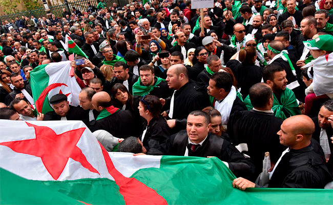 Les avocats boycottent les audiences du 15 janvier pour dénoncer les nouvelles hausses d'impôts