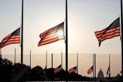 États-Unis : les drapeaux sont mis en berne en deuil pour les victimes de Corona