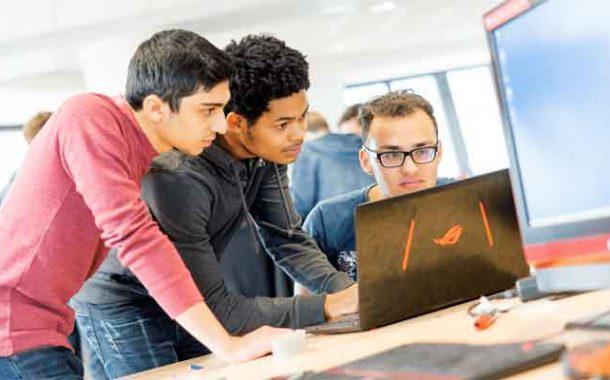 Un programme allemand de développement des compétences numériques forme des jeunes algériens