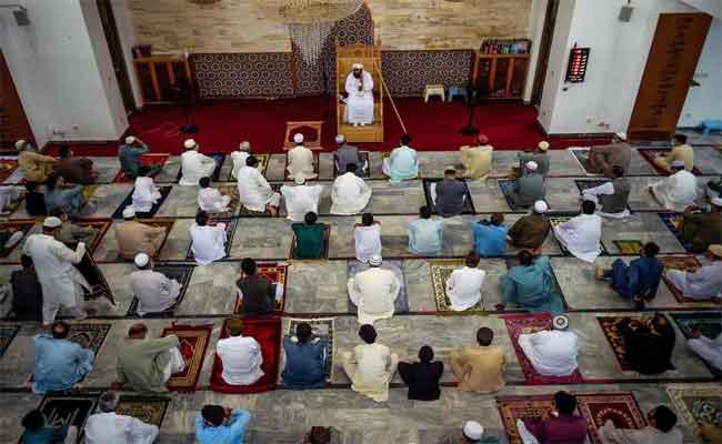 L'Algérie réouvre « progressivement » ses mosquées à partir du samedi  15  août