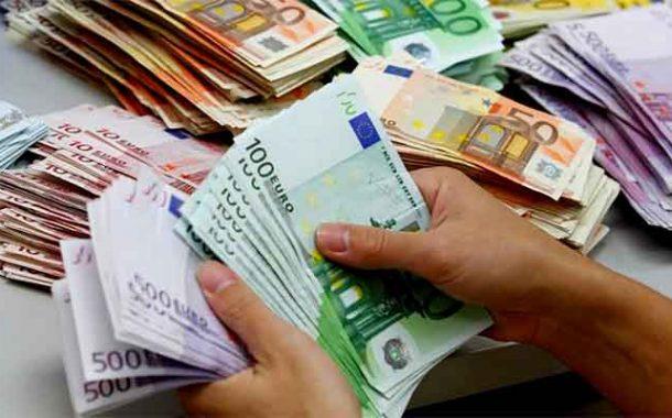 Un réseau de trafic de faux billets démantelé à Laghouat : Trois individus arrêtés et près de 60 000 euros saisis