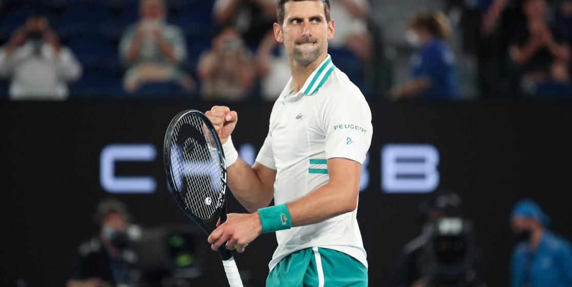 Djokovic est couronné pour la neuvième fois en Open d'Australie et menace le trône de Federer et Nadal