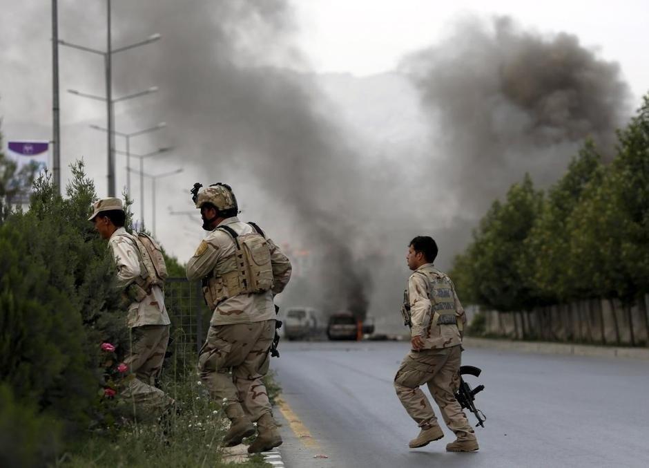 Irak: 10 missiles frappent la base militaire d'Ain al-Asad