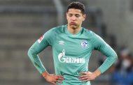 Les fans de Schalke attaquent les joueurs après leur chute en deuxième division