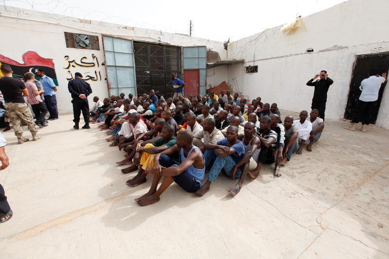 Libye: un mort suite à une fusillade dans un centre de rétention pour migrants