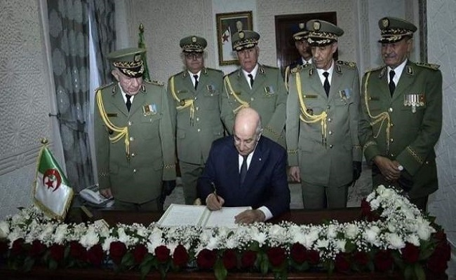 Pourquoi le général Chengriha veut que l'Algérie marche à l'envers?