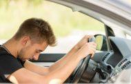 Pourquoi est-il dangereux de conduire lorsque vous êtes fatigué ou en manque de sommeil?