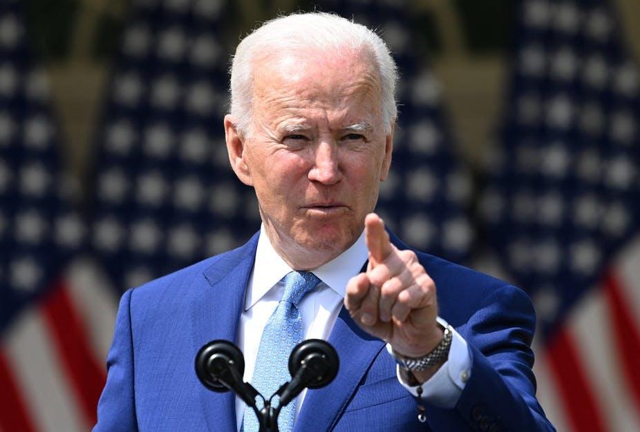 Biden approuve un fonds d'urgence de 100 millions de dollars pour les réfugiés afghans