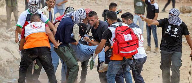Des dizaines de Palestiniens blessés dans des affrontements avec les forces israéliennes
