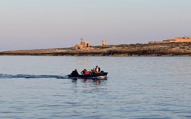 La sûreté de Mostaganem : Mise en échec de deux tentatives de migration clandestine à la plage de Sidi Medjdoub